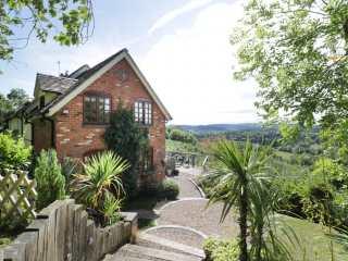 4 bedroom Cottage for rent in Worcester