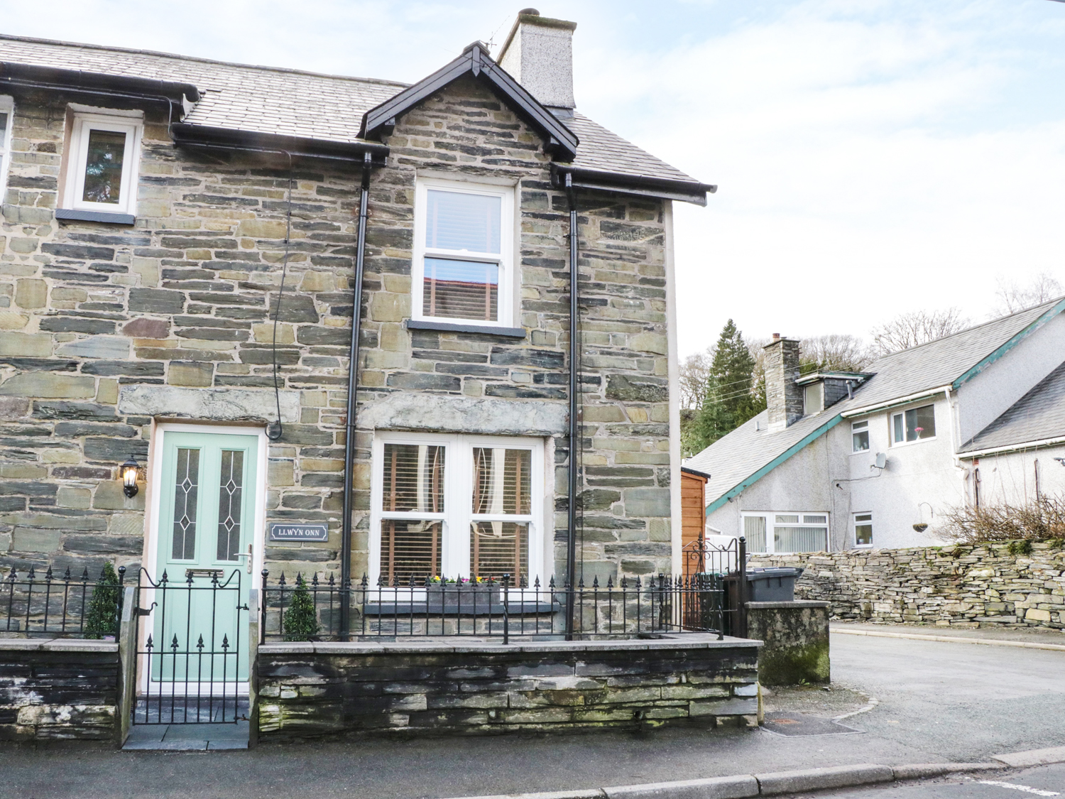 2 bedroom Cottage for rent in Betws-y-Coed