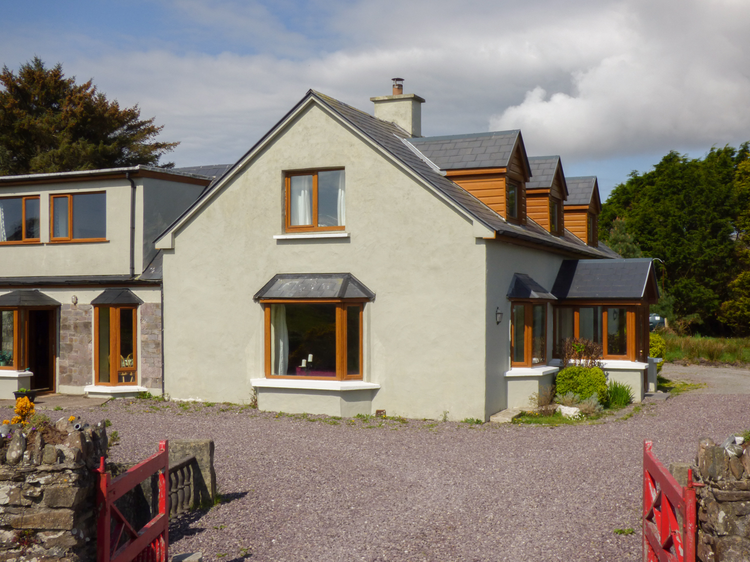 4 bedroom Cottage for rent in Ballinskelligs