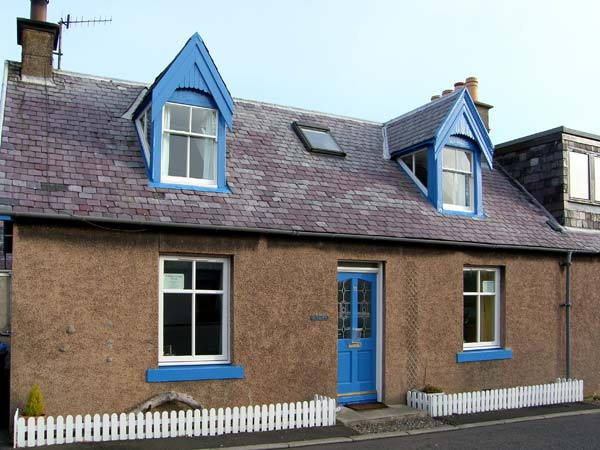 3 bedroom Cottage for rent in St Abbs