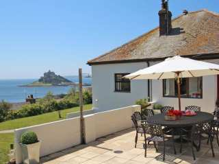 5 bedroom Cottage for rent in Marazion