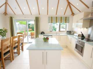 4 bedroom Cottage for rent in St Agnes