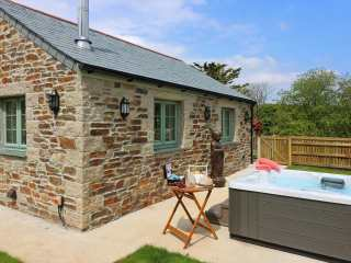 1 bedroom Cottage for rent in Truro