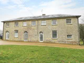 4 bedroom Cottage for rent in Wroxall