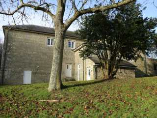 1 bedroom Cottage for rent in Wroxall