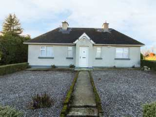 2 bedroom Cottage for rent in Gorey