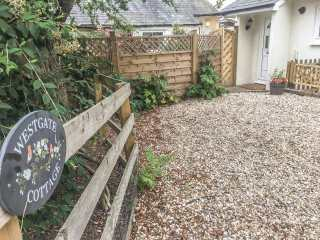 1 bedroom Cottage for rent in Sittingbourne