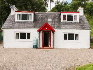 3 bedroom Cottage for rent in Drumnadrochit