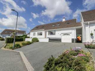 5 bedroom Cottage for rent in Benllech