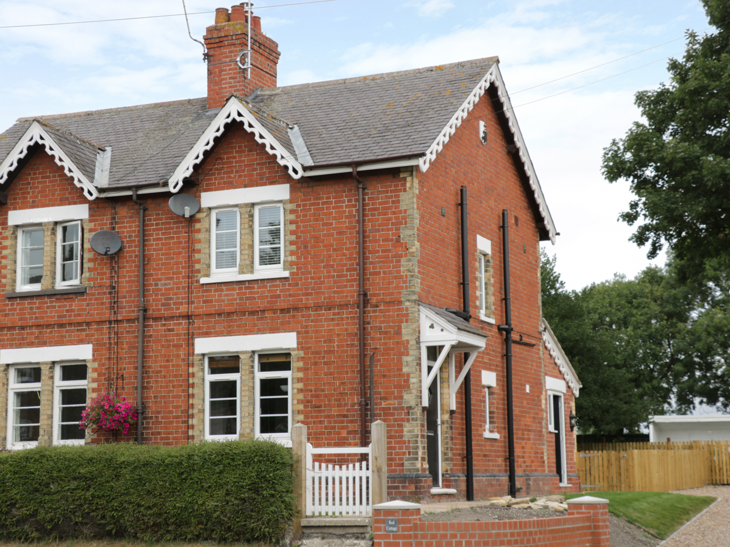3 bedroom Cottage for rent in Beverley