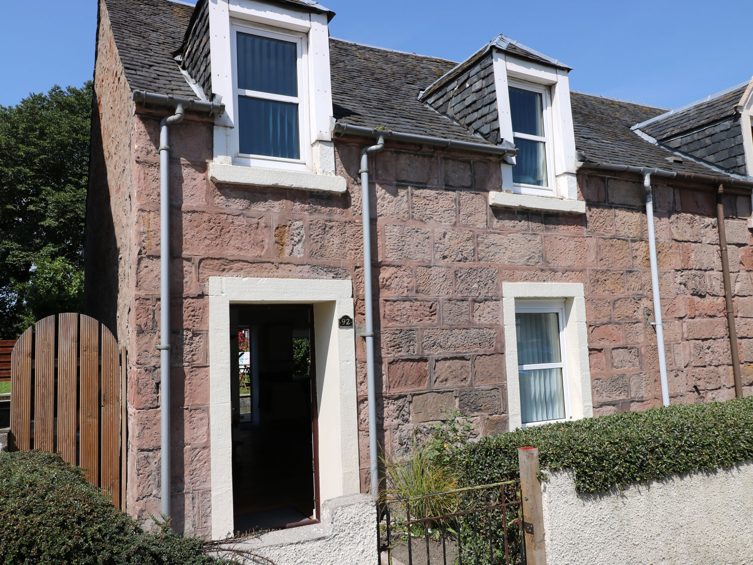 2 bedroom Cottage for rent in Inverness, Highlands