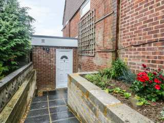 1 bedroom Cottage for rent in Worthing