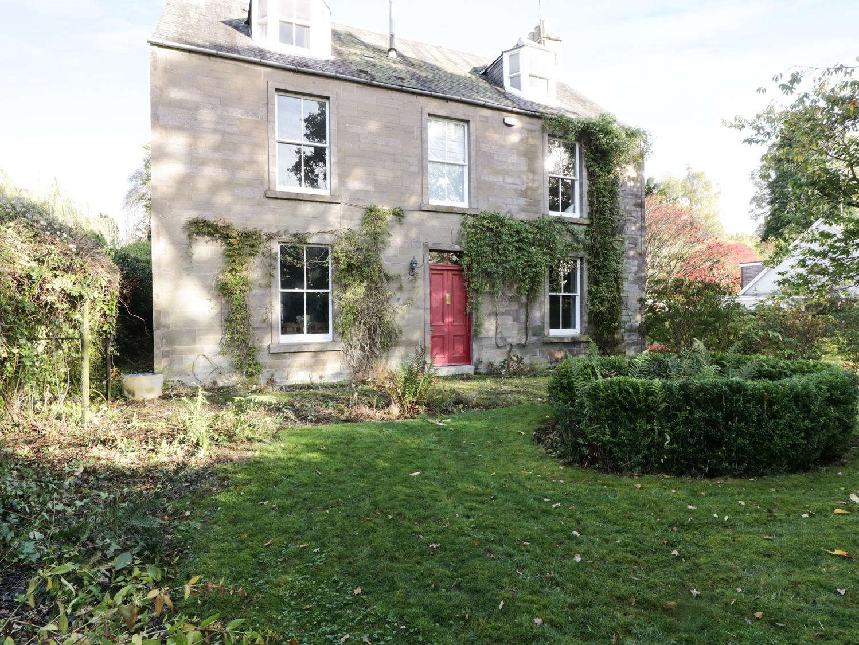 5 bedroom Cottage for rent in Blairgowrie