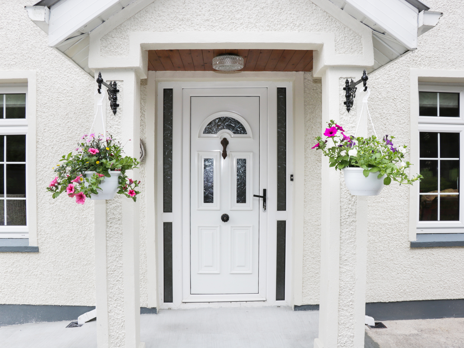 4 bedroom Cottage for rent in Manorhamilton