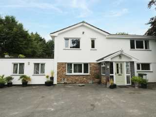 5 bedroom Cottage for rent in Padstow