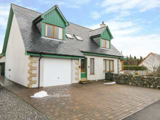 4 bedroom Cottage for rent in Newtonmore