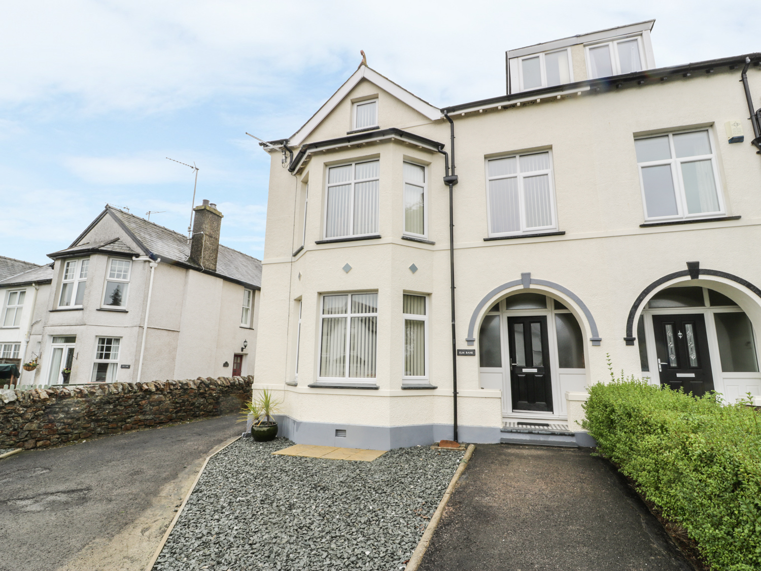 6 bedroom Cottage for rent in Abersoch