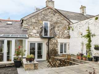 2 bedroom Cottage for rent in Beaumaris