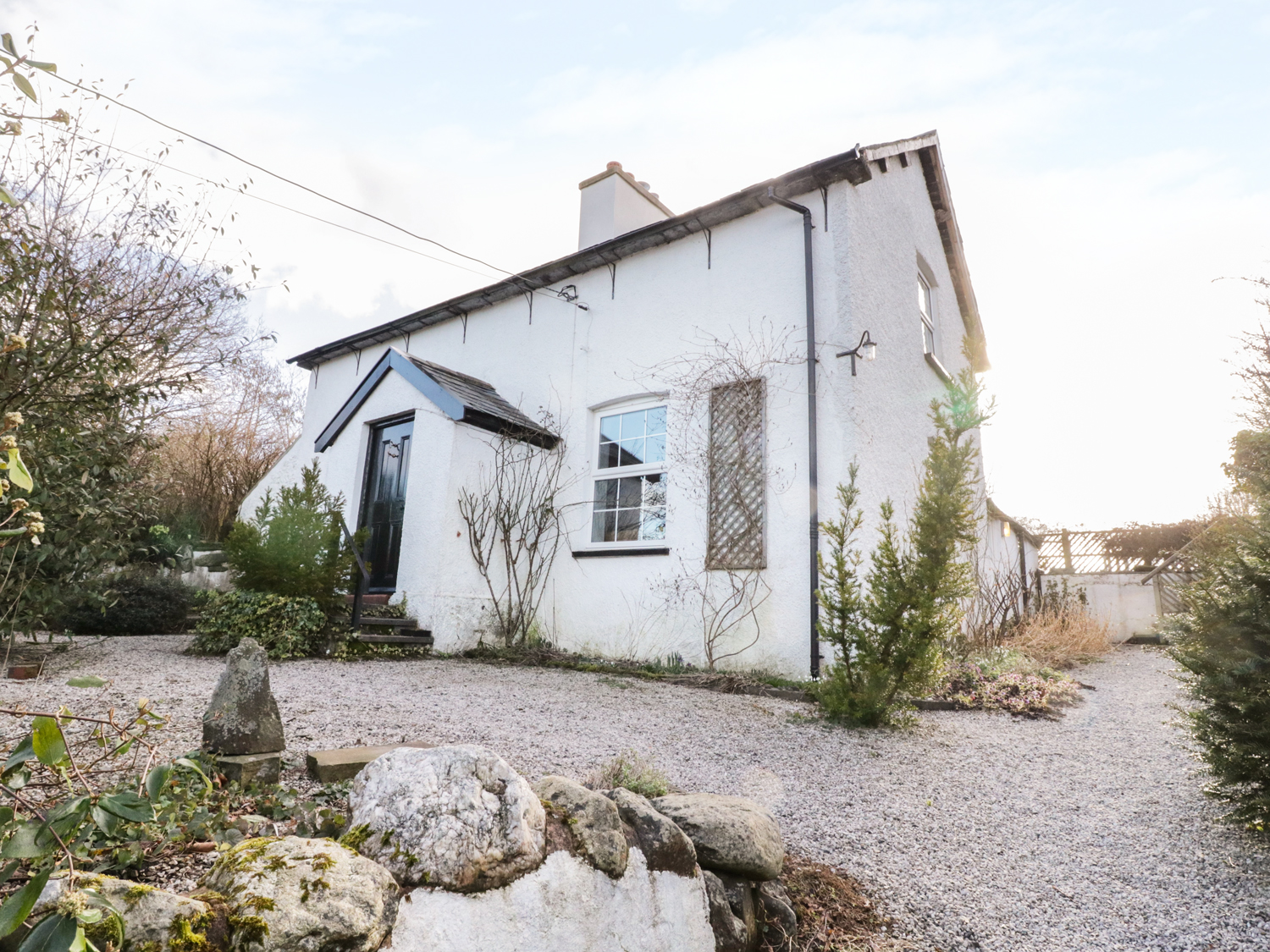 3 bedroom Cottage for rent in Eglwysbach