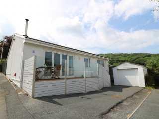3 bedroom Cottage for rent in St Dogmaels