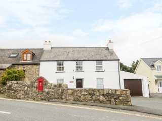3 bedroom Cottage for rent in Goodwick
