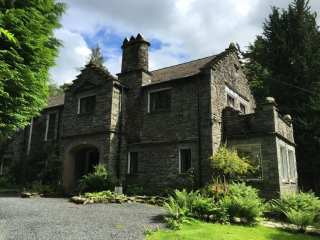 5 bedroom Cottage for rent in Troutbeck
