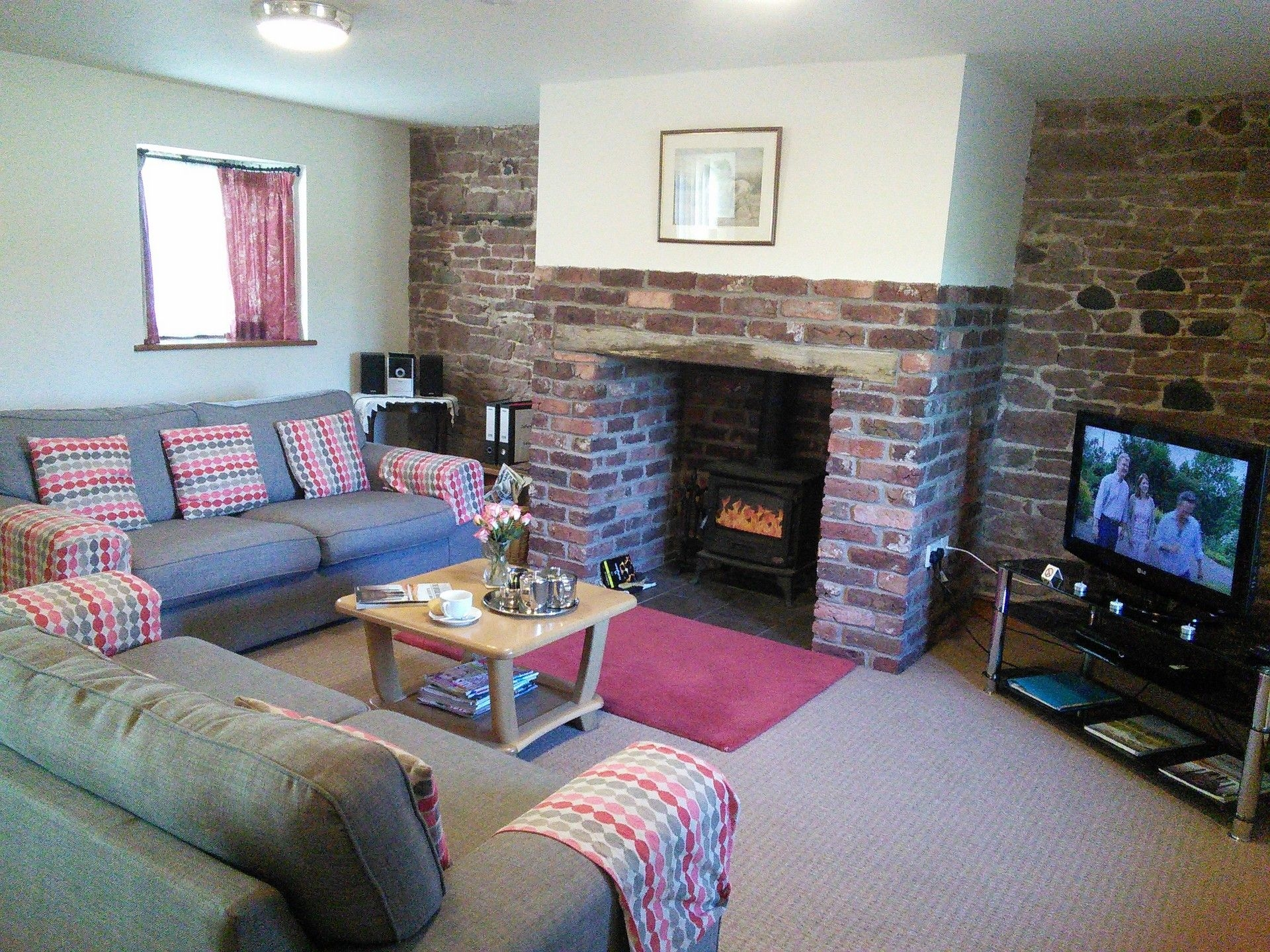 3 bedroom Cottage for rent in Bolton Low Houses