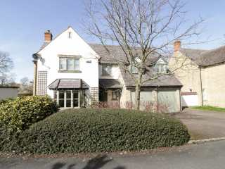 4 bedroom Cottage for rent in Stratford upon Avon