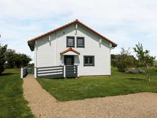 2 bedroom Cottage for rent in Fritton