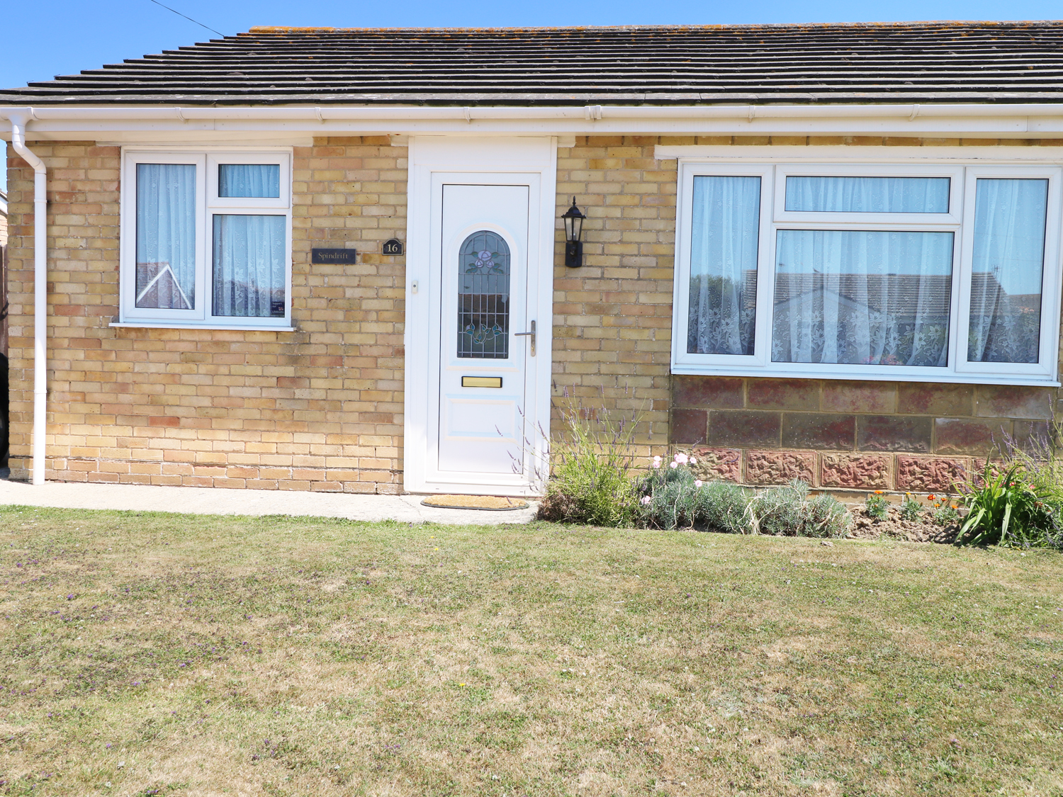 2 bedroom Cottage for rent in Chichester