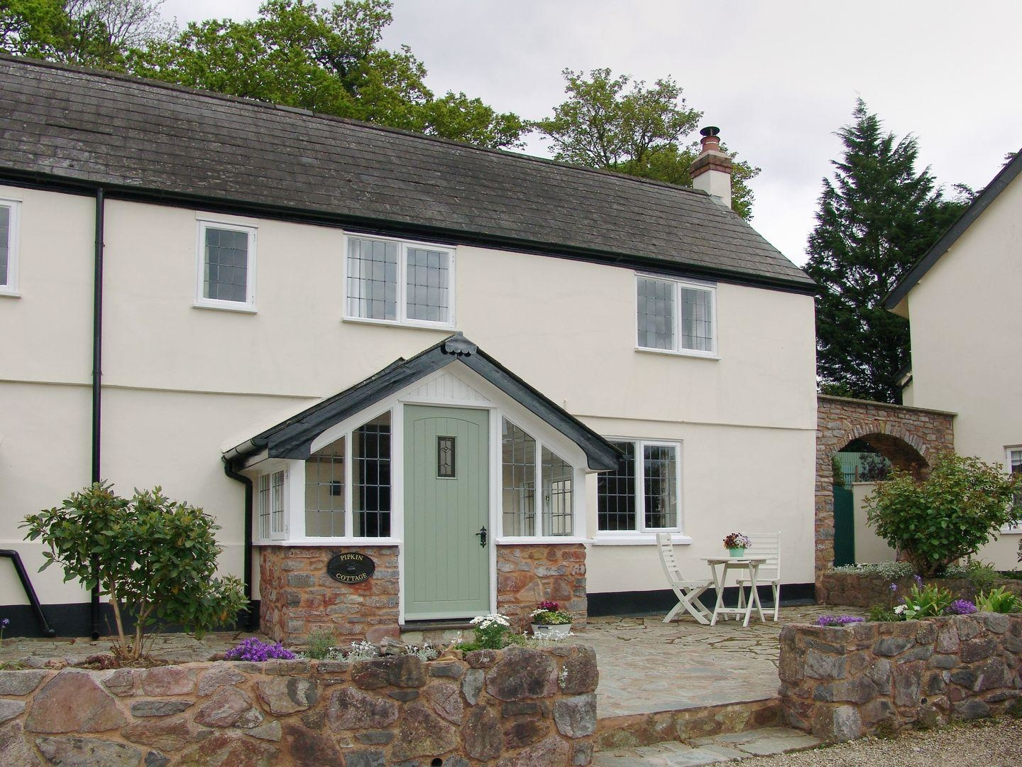 2 bedroom Cottage for rent in Tiverton