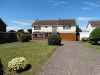 4 bedroom Cottage for rent in Exmouth
