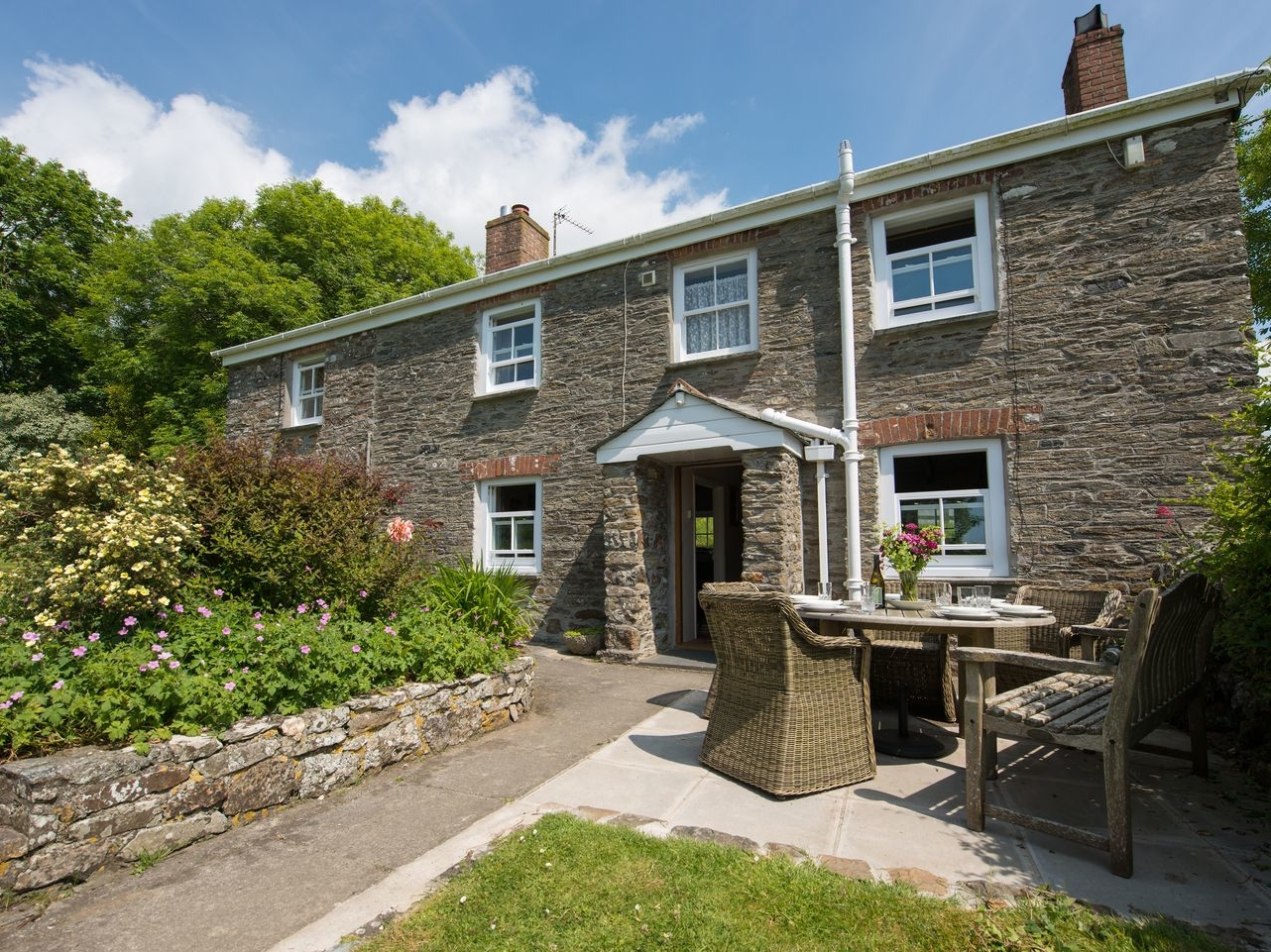 3 bedroom Cottage for rent in Veryan