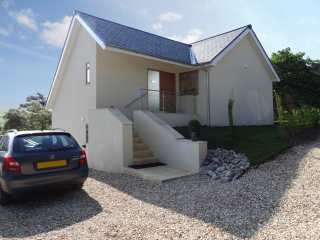 4 bedroom Cottage for rent in Charmouth