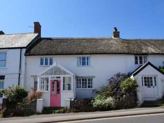 3 bedroom Cottage for rent in Charmouth