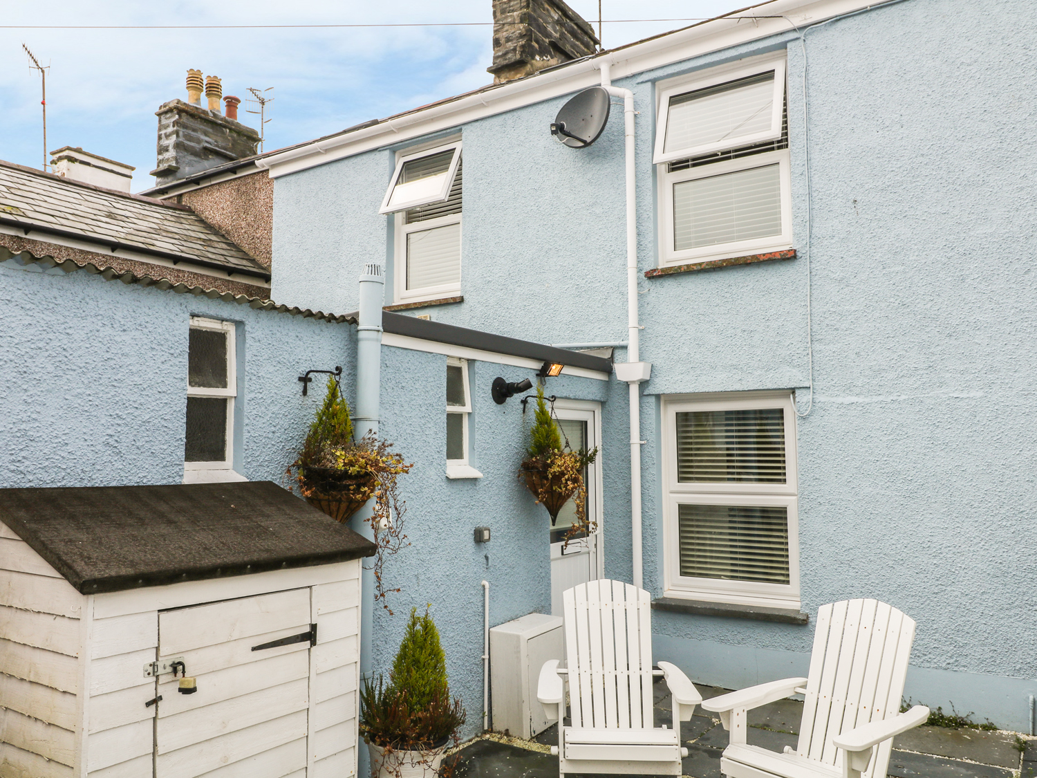 2 bedroom Cottage for rent in Porthmadog