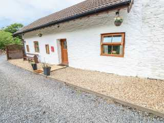 2 bedroom Cottage for rent in Pembrey