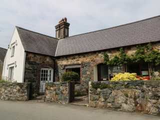 1 bedroom Cottage for rent in Caernarfon