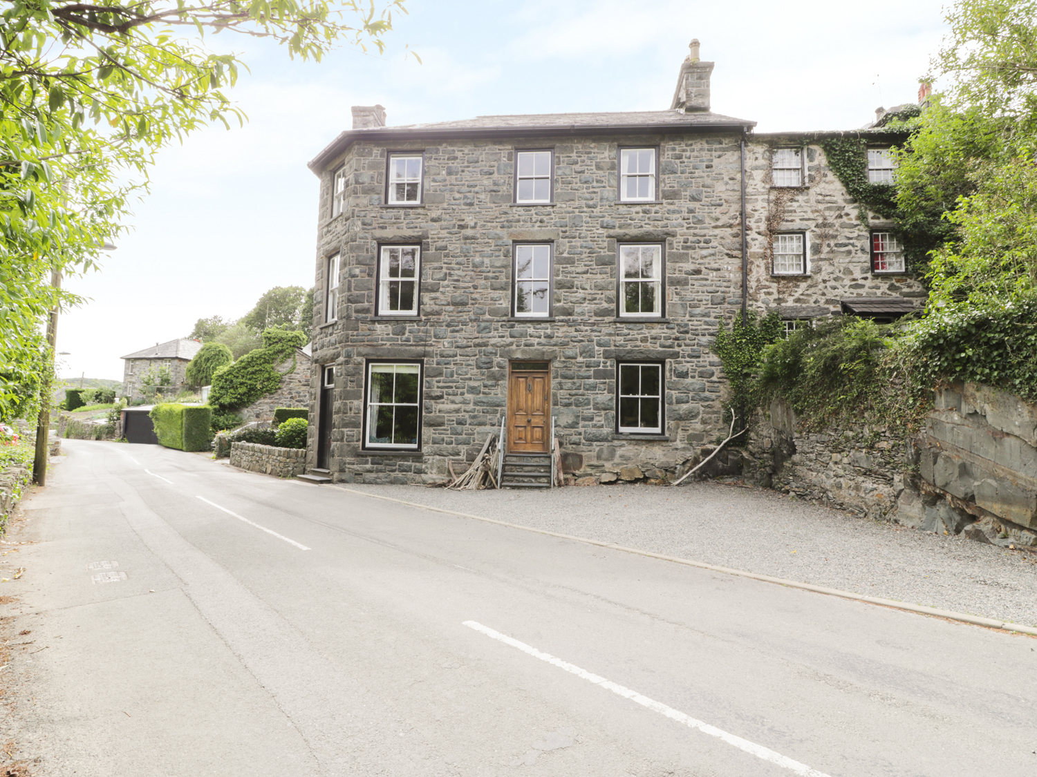 6 bedroom Cottage for rent in Harlech