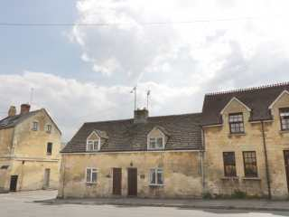 3 bedroom Cottage for rent in Winchcombe