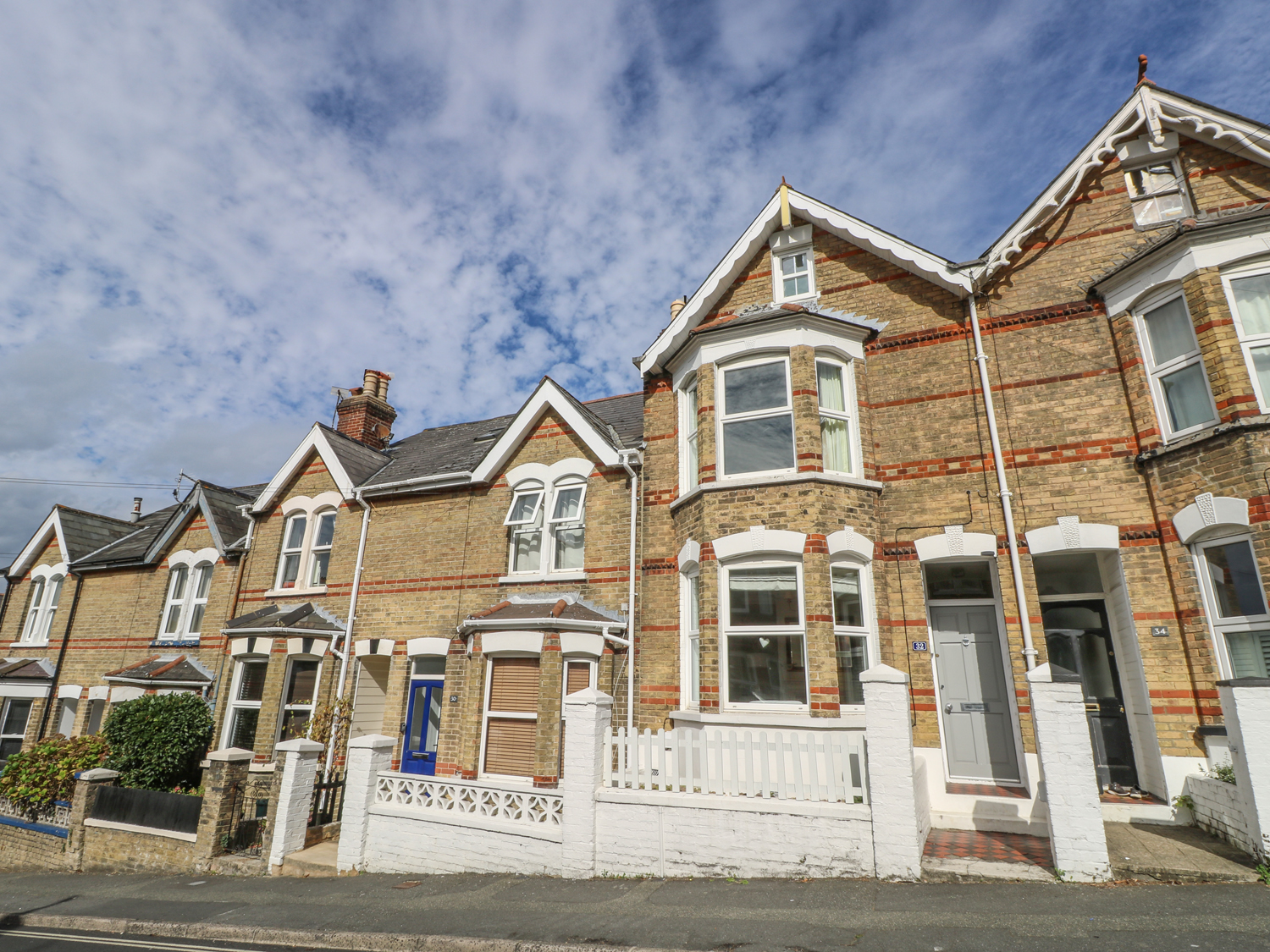 4 bedroom Cottage for rent in East Cowes