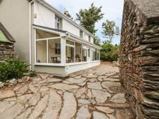 3 bedroom Cottage for rent in Castletownbere