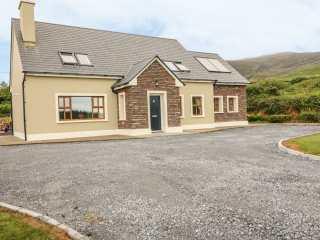 5 bedroom Cottage for rent in Dingle