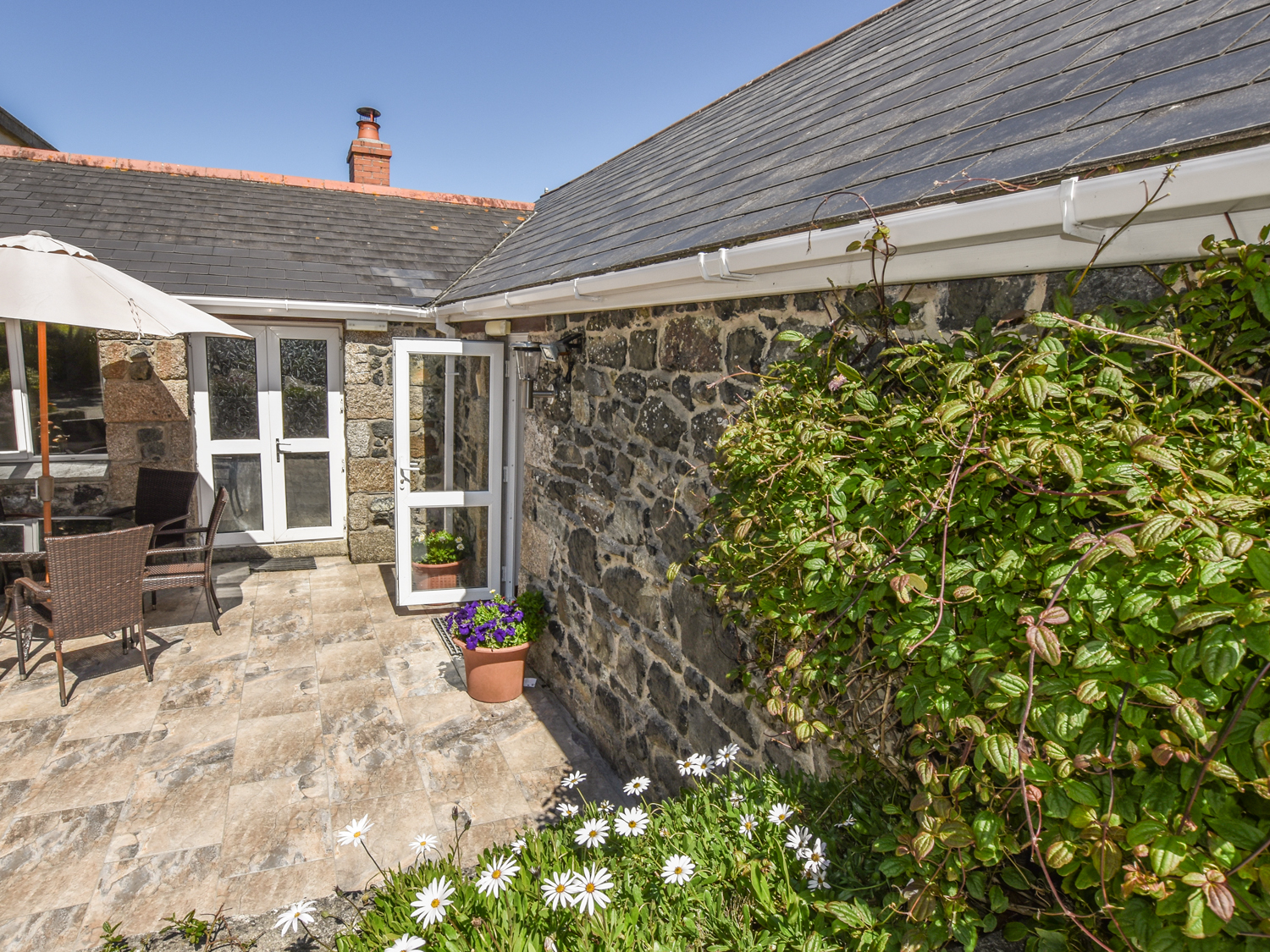 3 bedroom Cottage for rent in Porthleven