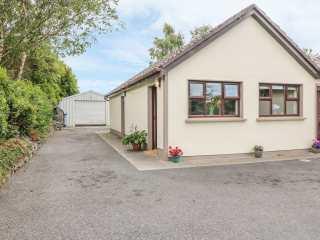 2 bedroom Cottage for rent in Ennis