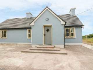 3 bedroom Cottage for rent in Glencar