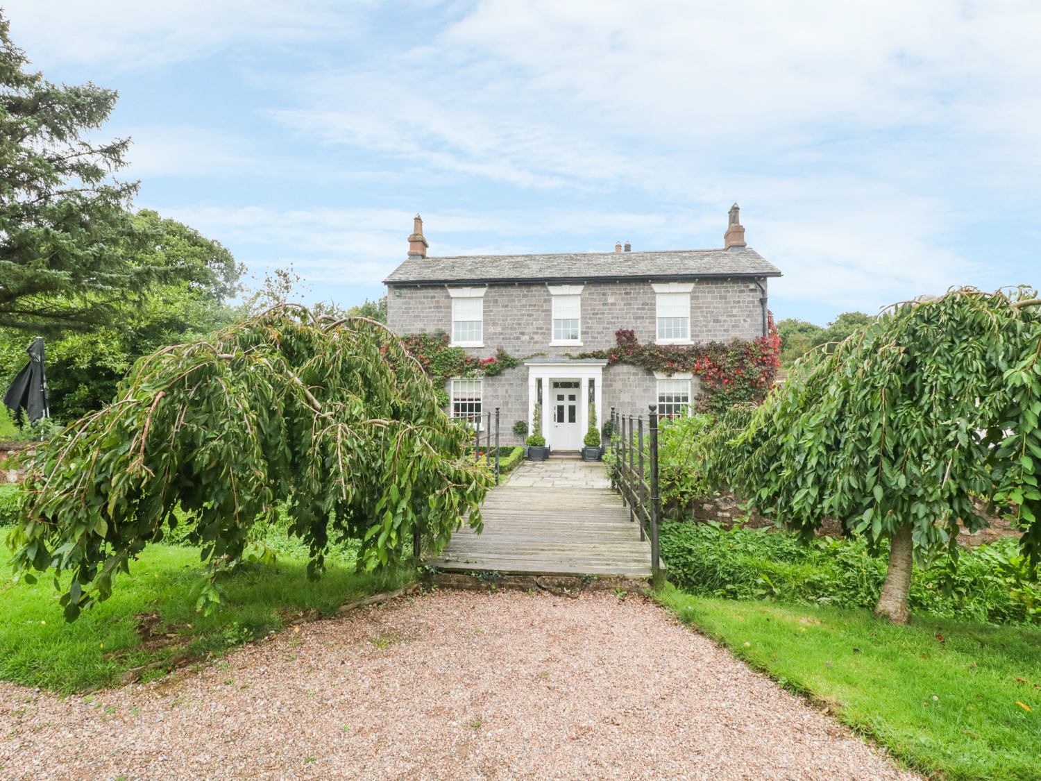 7 bedroom Cottage for rent in Cullompton