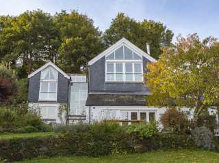 6 bedroom Cottage for rent in Dartmouth