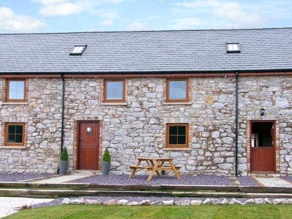 3 bedroom Cottage for rent in Abergele