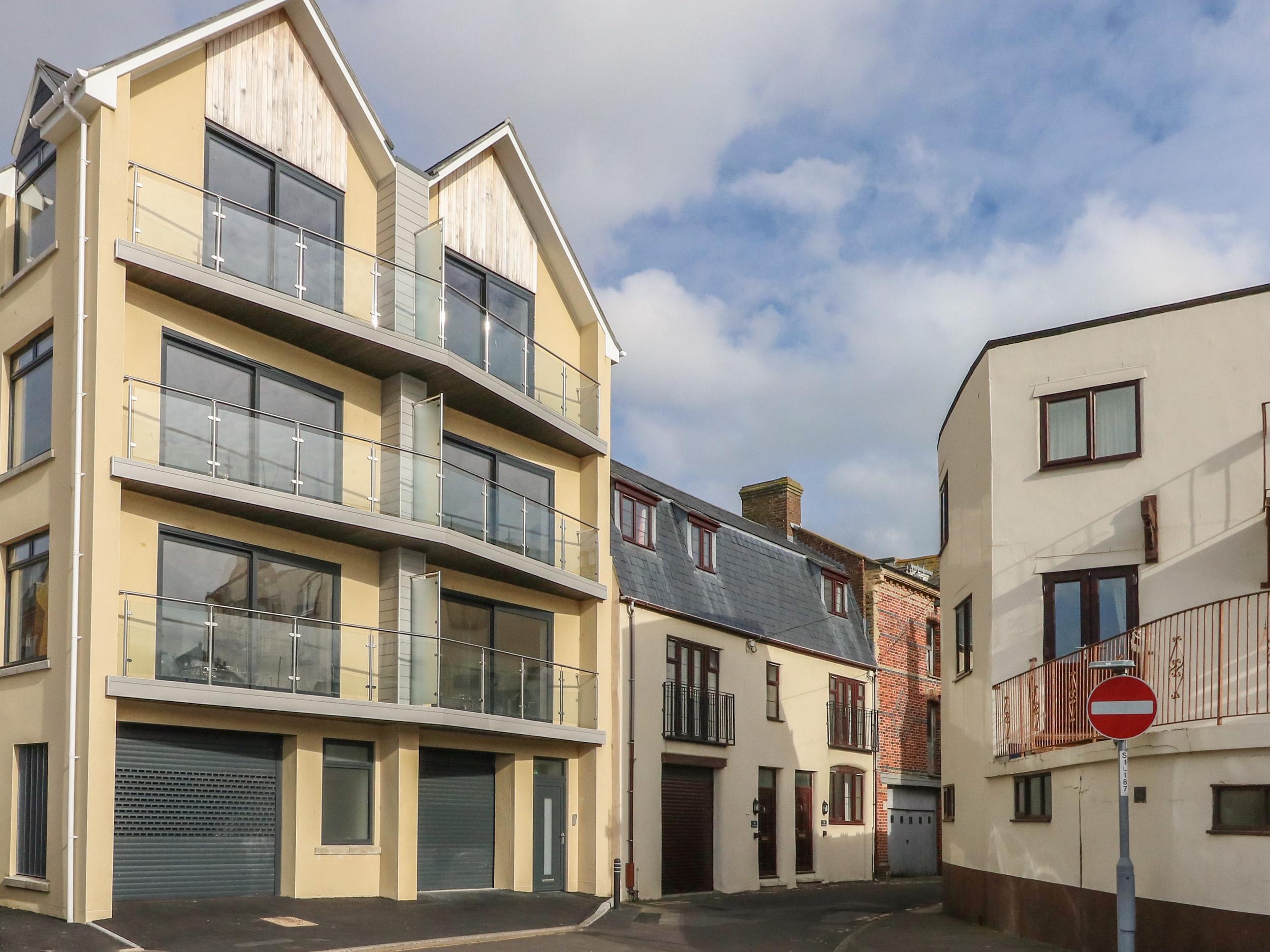 Harbourside Haven Penthouse 1